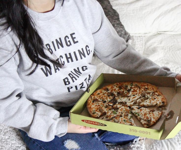To kick off this chilly season, @panago_pizza introduced Binge Watch Wears for us Alberta peeps!…""