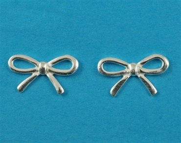 £12.00 incl tax  Sterling silver bow design stud earrings.  Approx 1.5cm across.