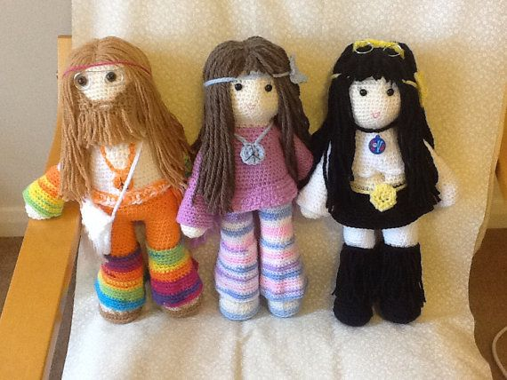 This listing is for the PDF file and not the finished product. It is a pattern of three hippy dolls, a man and two women. Each doll is 40 cm