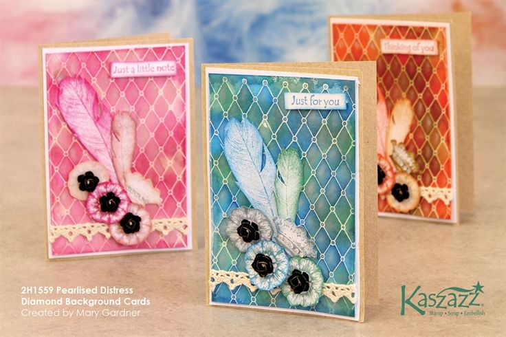 2H1559 Pearlised Distress Diamond Background Cards