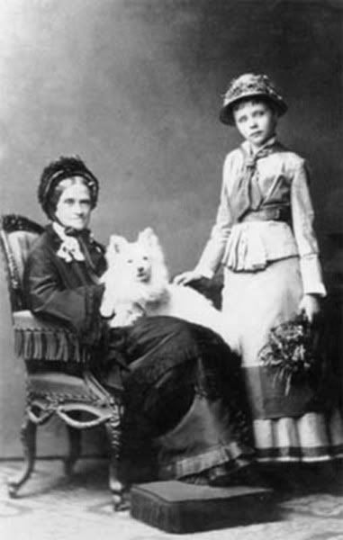 Duchess Ludovica with her granddaughter Amelie.