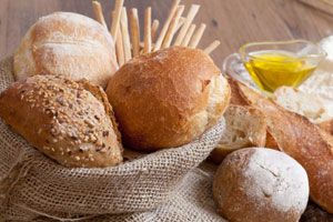 Gluten: Could You Be Allergic? Until recently, many doctors doubted that a simple slice of bread or serving of pasta could cause health problems for very many people. But that has changed. We now know that gluten-related issues are fairly common.