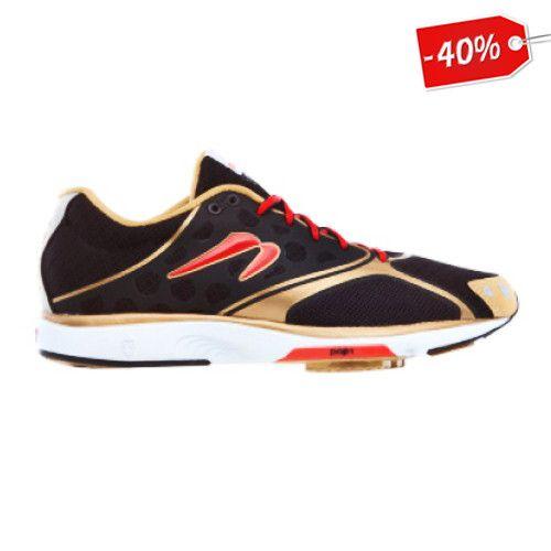 Los tenis Newton Motion 3 LTD es un modelo para corredores con sobre pronación que buscan un calzado mixto que les aporte la resistencia para entrenar y competir.   #Runners #Mexico #ShopOnline #NewtonRunning #Tenis #Ofertas #AmoCorrer #YoelegiCorrer #CorrermehaEnseñado #LatinRun