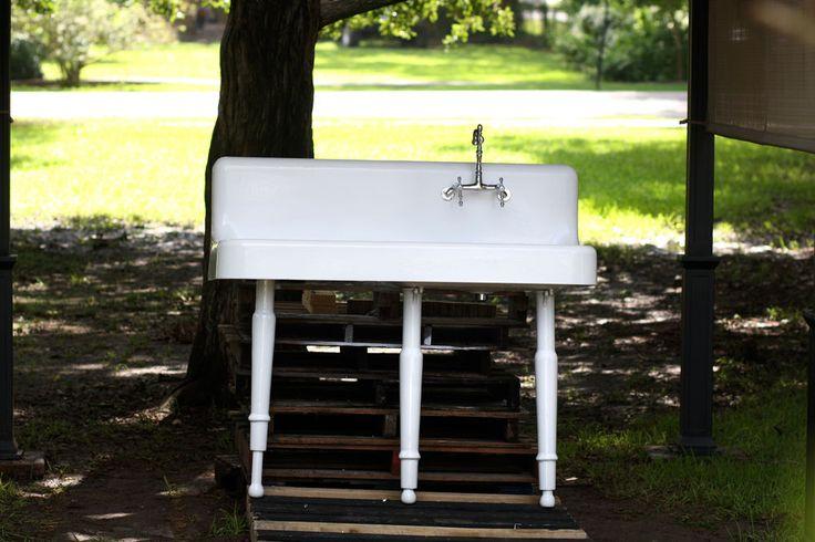 25 best ideas about Cast Iron Farmhouse Sink on Pinterest