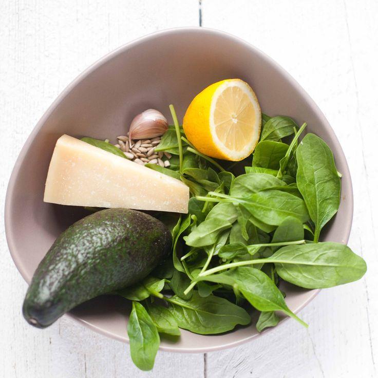Pesto z avocado i szpinaku z ziarnami słonecznika II Cooking for Emily