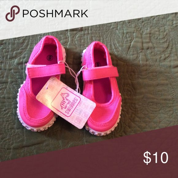 NWTS Pink Girls Swim Shoes Size 6 Toddler Pink Girls Swim Shoes Size 6 Toddler. Great for the beach. But also great for the YMCA or other indoor pool activities. Swim lessons. Shoes Water Shoes
