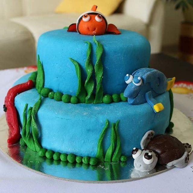 #findingnemo #nemo #cake #baking #hobby #chocolate #chocolatecake #banana #fairytail #birthdaycake #turtle #fish