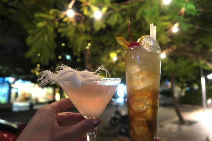 Cocktail, Miss Moneypennys, Hastings Street, Noosa, Queensland | 7 of the best places to eat and drink in Noosa
