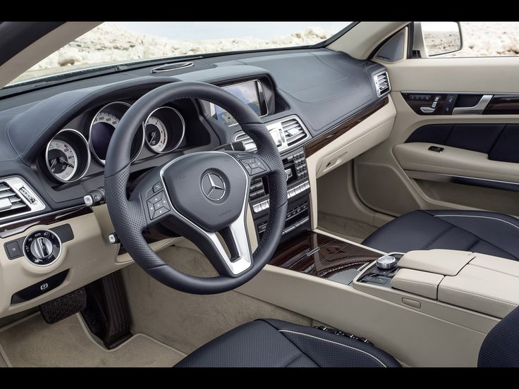 2013 Mercedes-Benz E-Class Cabriolet Interior
