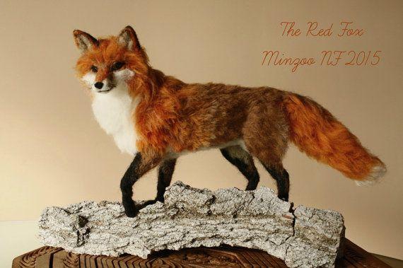 Needle felted fox fox sculpture soft doll por MinzooNeedleFelting