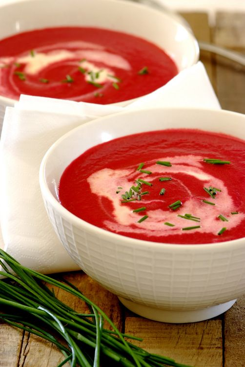 Easy Beetroot #Soup: A delicious and nutritious recipe that is so easy to make – simply simmer and then blend. #whatsfordinner #MeatFreeMonday