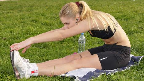 """""""Verplicht de sportbeha tijdens lessen lichamelijke opvoeding"""" - HLN.be"""
