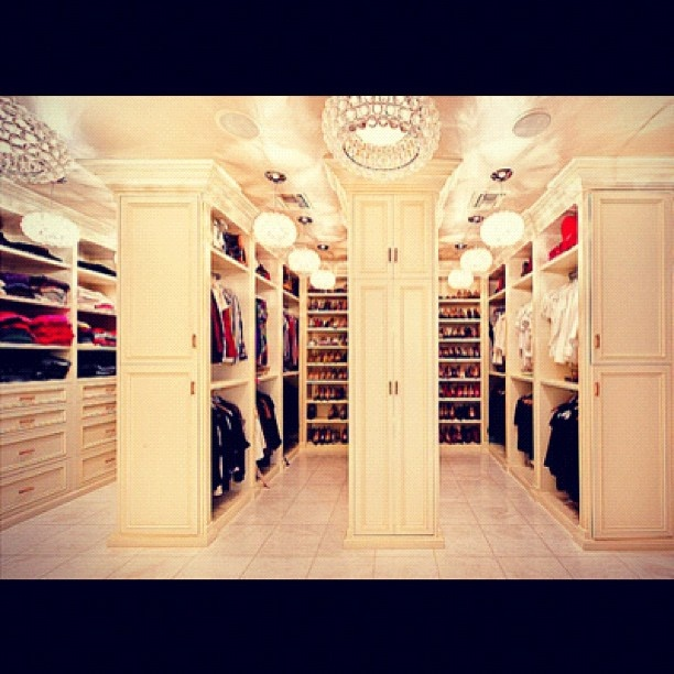 THIS IS HOW OUR CLOSET SHOULD BE. His  Her Closet....cray!!!