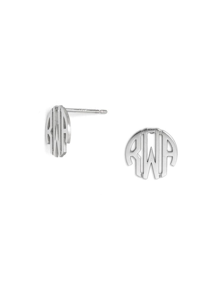 The stylized monogram block letters in these earrings undoubtedly stand out. These miniaturized, wear-everyday studs are an indispensable addition to your jewelry box.