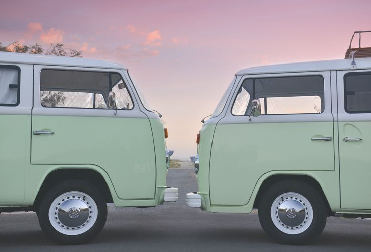 💥 🎉 BEEP BEEP!  And then there were TWO! We're over the moon to finally announce that the newest addition to the Insta Kombi family is finally ready - We've been working really hard to bring to you our second Kombi 'Lola'. She is ready, looking amazing & excited for her first outing this weekend! 💖  . . #instakombi #instakombiphotobooth #kombi #vwlove 💖