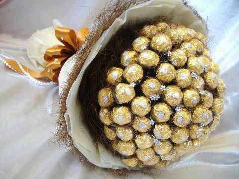 Chocolate #Bouquet #Wedding