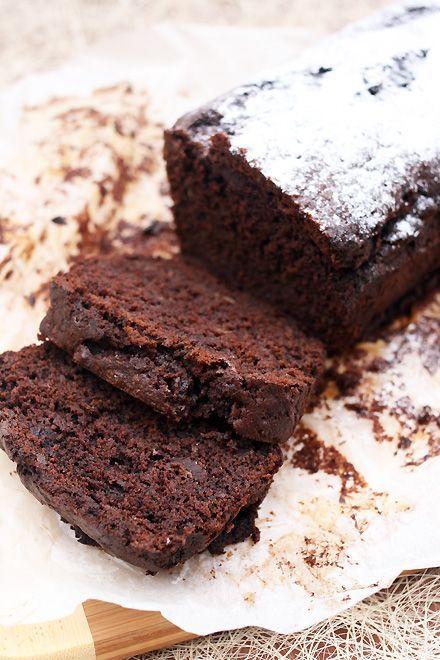 Растопленный шоколад для украшения торта