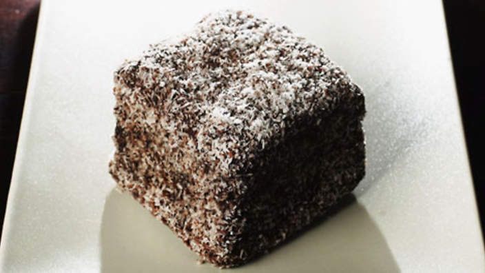 Traditional AUSSIE Lamington recipe from the CWA (the Country Women's Association – one of the great bastions of Australian country life!)