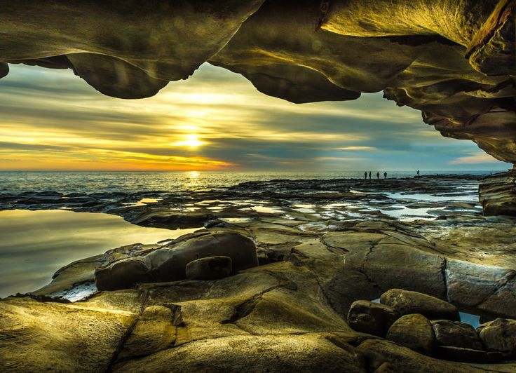Avoca Beach Cave view by Pepe Rojas / 500px