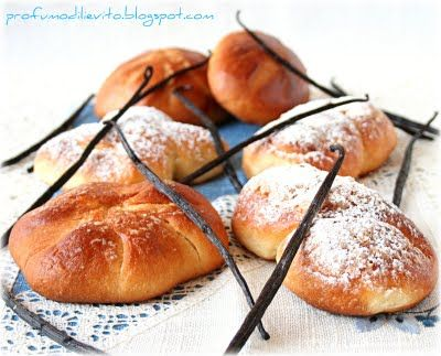 piccoli pani dolci alla vaniglia...by profumo di lievito