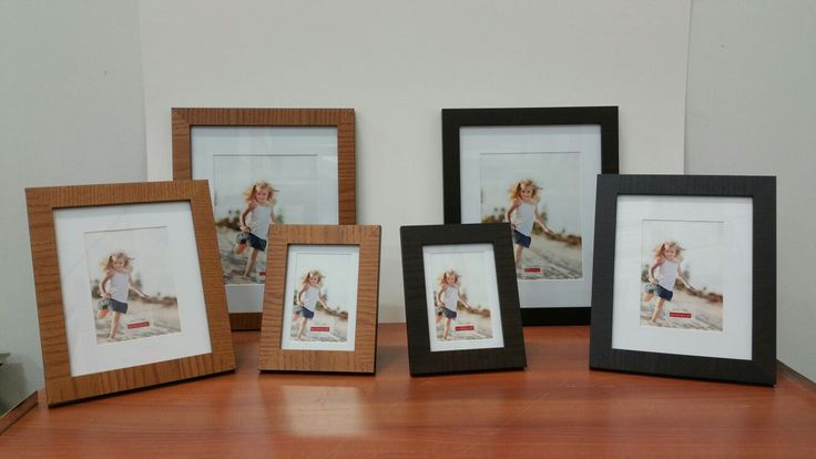 Picture frames-mess in Natural or Espresso