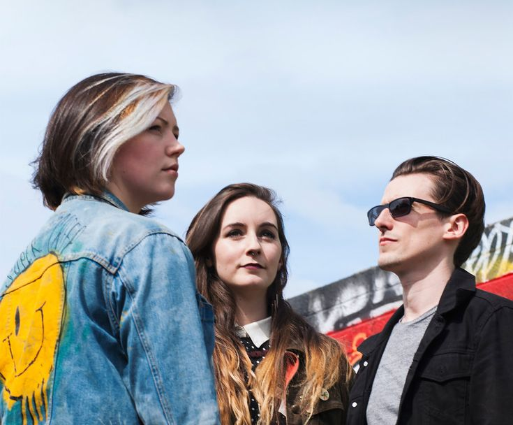 Bitch Falcon have been on Annie Mac and Huw Stephen's 'Other Voices' TV  show, in the same series as artists like Lapsley. They're lined up for some  showcases such as Canadian Music Week, and play in London this weekend  (18th March)