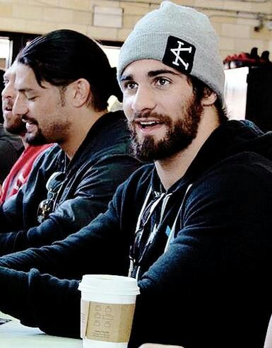 Seth Rollins with Roman Reigns <3 ïť