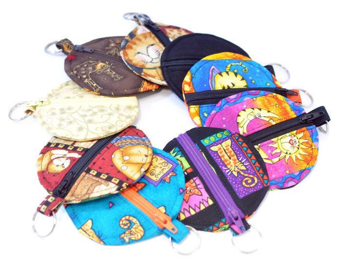 Shop my sale: 40% off coin purses / earbud pouches.  Great time to pick one up for yourself or as a little gift. http://etsy.me/2DwQmhK  #etsy #susysewandsew #etsyfinds #etsygifts #etsysale #etsycoupon #shopsmall #coinpurse #earbudpouch #earphoneholder