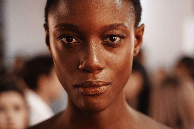 Ser modelo negra no Brasil - Lilian Pacce