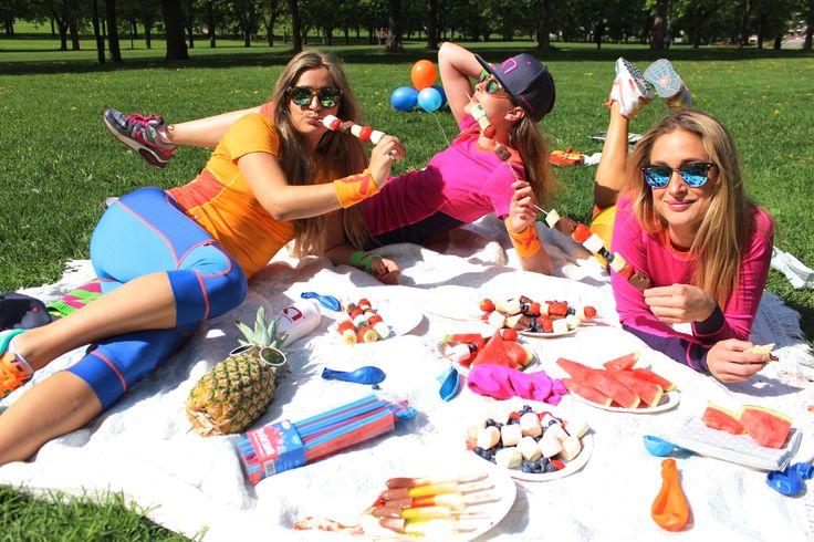 KTTikse Summerwool wool girls picnic parklife bbq summertime girlfriends