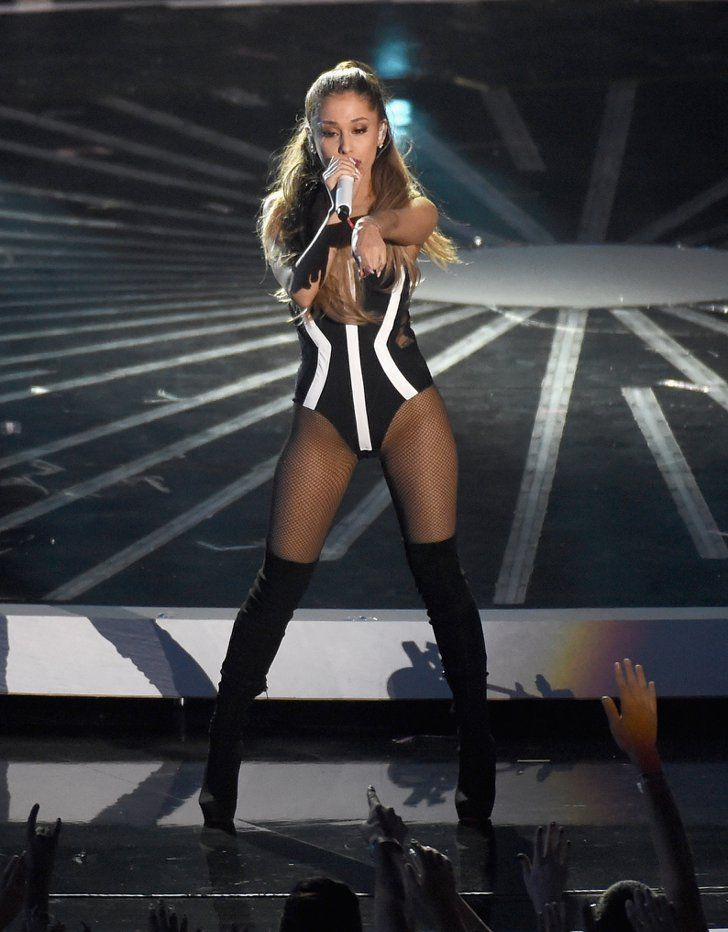 Pin for Later: From Beyoncé's Bodysuit to Spider-Iggy: All the VMAs Onstage Fashion Ariana Grande Another quick change, and Ariana sported an even tinier leotard in black and white with a new pair of boots.