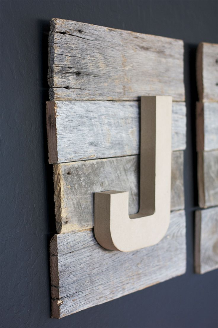 DIY Reclaimed Wood Sign - How to attach wood planks together