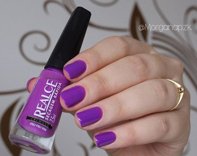 """Esmalte """"Fru Fru"""" da Realce   Unhas roxas   Purple nails   by @morganapzk"""