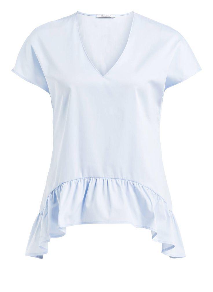 """Einen erstklassigen Komfort und einen mondänen Style verspricht das Shirt mit Volant-Schößchen von Soluzione. Es lässt sich hervorragend kombinieren und beschert Ihnen dabei stets einen tollen Look. Setzen Sie auf dieses exklusive Basic mit extra """"Wow""""-Effekt!Details:V-AusschnittVolant-SchößchenSymmetrische SchnittführungMaße bei Größe 36:Rückenlänge ab Schulter: 64 cm"""