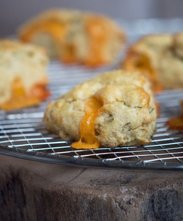 Chili Cheese Scones (via Bloglovin.com )