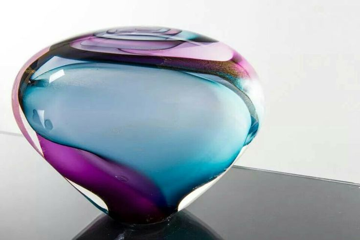Stunning glass by Phil Vickery