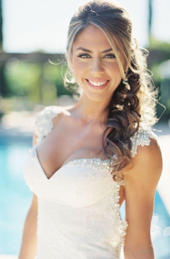 Wedding hairstyle idea;  Featured Photographer: Erich McVey