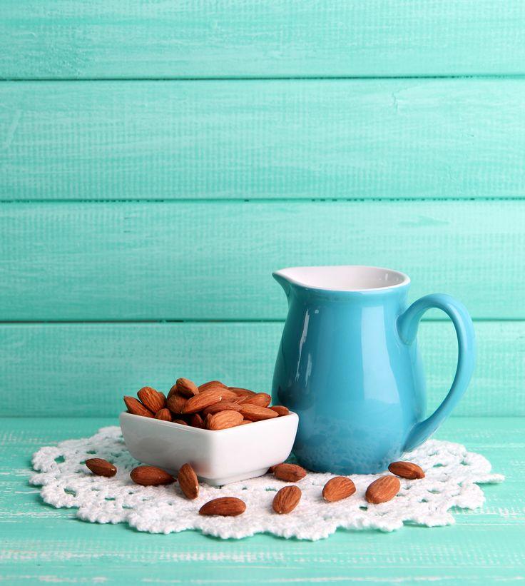 DIY: Homemade Almond Milk