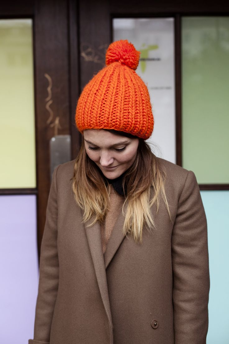 colour pop!: Orange Bobble, Style, Bright Hats, Knitting Inspiration, Wear, Hair
