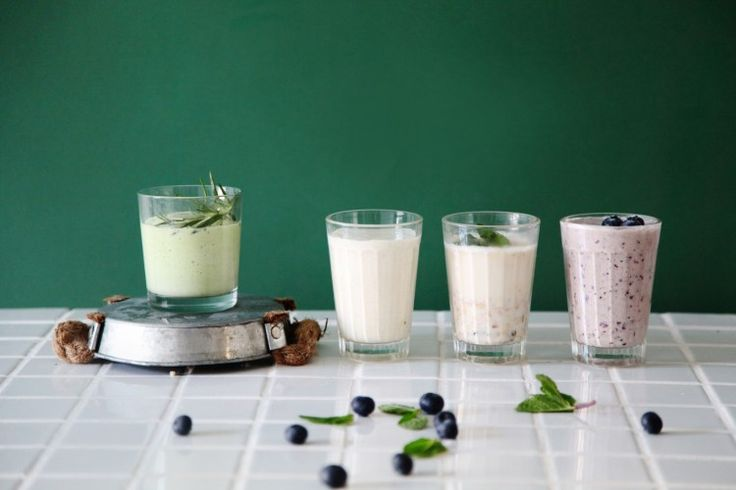 drinks for young mothers, smoothies and almond milk