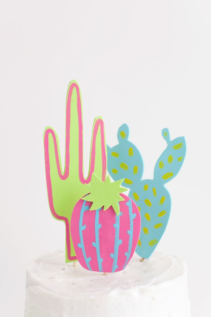 TELL: DIY CACTUS CAKE TOPPER - Tell Love and ChocolateTell Love and Chocolate