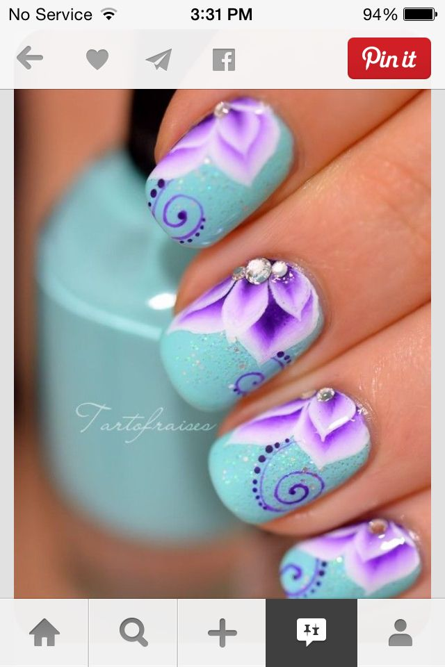 Cool flower nails