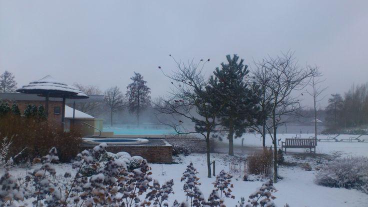 Zoek de warmte op tijdens koude winterdagen bij de Veluwse Bron, een winter wonderland :)