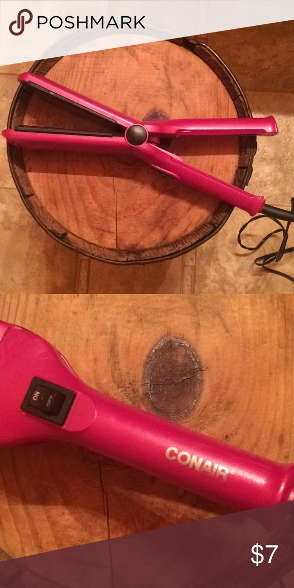 Hair straightener Conair hair straightener. One setting. Conair Other