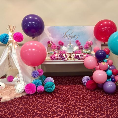 Wow!! What an explosion of colours!!, vibrantly showing for a Unicorn theme party     #jumboballoons #firstbirthday #quirkyballoons #rainbowlicious #brightcolors