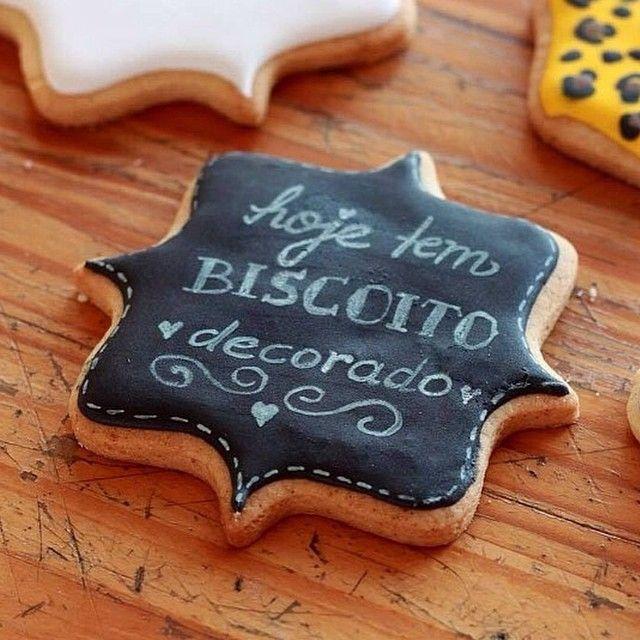 Se você já tem experiência com glacê real e biscoitos decorados, ATENÇÃO! Acabou…