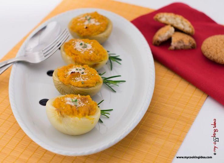 Cipolle ripiene di zucca, ricetta #vegetariana #ricettebloggerriunite - My cooking idea http://www.mycookingidea.com/2014/04/cipolle-ripiene-di-zucca/