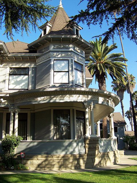 California historical houses los angeles county long for Historical homes in los angeles