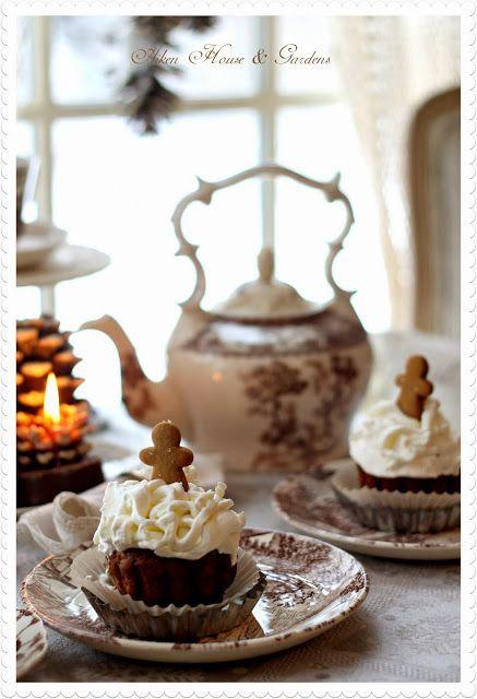 <3 Gingerbread Tea!