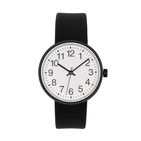 Round Face Watch  The face of this classic, round unisex watch is 3.3cms in diameter.